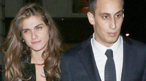 El exnovio de Carlota Casiraghi, Álex Dellal, se convierte en padre de un niño junto a Elisa Sednaoui