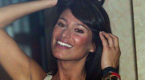 Raquel Mosquera y Sonia Ferrer disfrutan del concierto de Obús ofrecido en el restaurante de Escassi