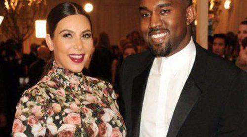 Kim Kardashian y Kanye West acuden a una fiesta en Malibú tras el nacimiento de North
