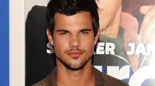 Taylor Lautner, Salma Hayek y Adam Sandler estrenan 'Niños grandes 2' en Nueva York