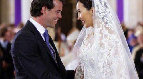 Félix de Luxemburgo y Claire Lademacher posan con sus familias en las fotos oficiales de su boda