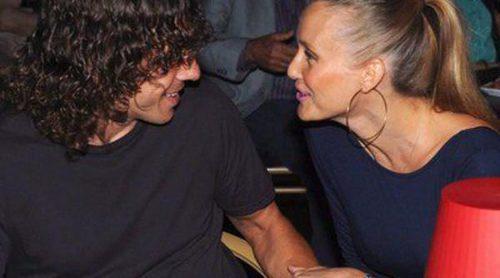 Carles Puyol y Vanesa Lorenzo presumen de embarazo y de amor en el estreno de 'The Hole' en Barcelona