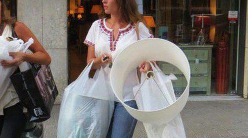 Lourdes Montes compra objetos para la casa que comparte con Fran Rivera tras volver de luna de miel