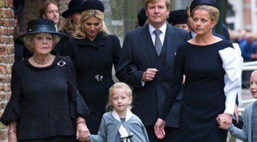 La Familia Real Holandesa recuerda al Príncipe Friso en una multitudinaria ceremonia