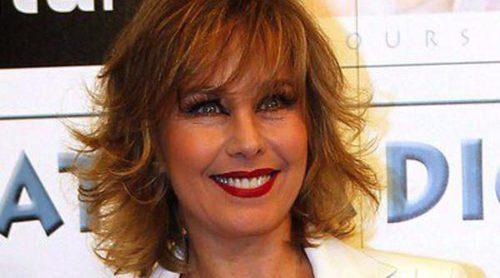 Lola Herrera y Pilar Bardem apoyan a Natalia Dicenta en la presentación de su álbum 'Colours'