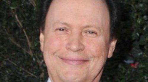 Billy Crystal presentará los Oscar 2012 tras la renuncia de Eddie Murphy