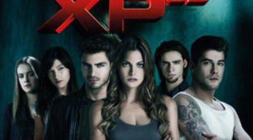 Luis Fernández, Amaia Salamanca, Úrsula Corberó y Maxi Iglesias en el cartel final de 'XP3D'