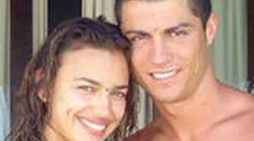Parejas de famosos: las celebrities presumen de amor en 2011