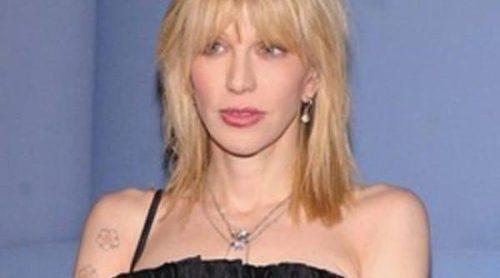 Courtney Love se enfrenta al desahucio por dañar su residencia y no pagar el alquiler