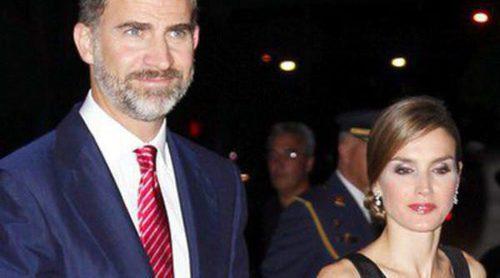 Los Príncipes Felipe y Letizia reciben las llaves de Miami, visitan Univisión y presiden la cena de la Fundación España-Florida