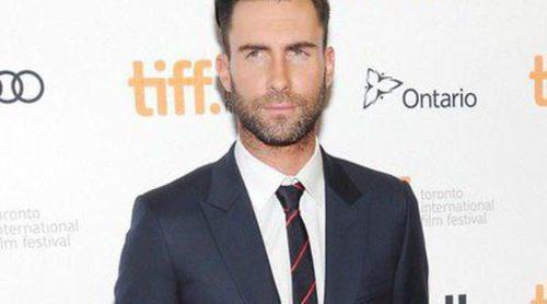 Adam Levine encabeza la lista de los hombres más sexies de 2013