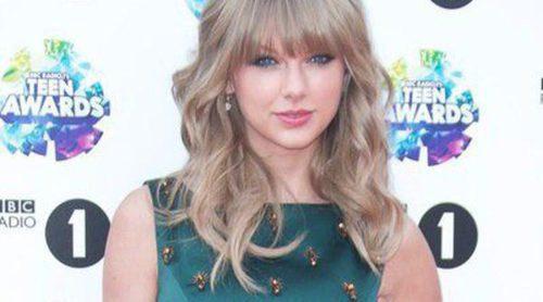 Taylor Swift tiene una cita con Douglas Booth en Londres