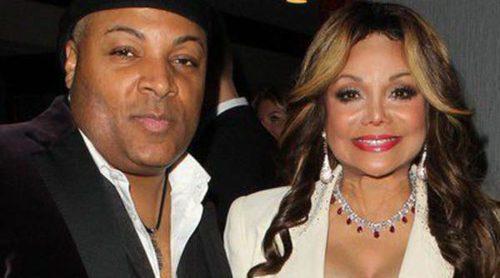 La Toya Jackson se casa con su mejor amigo Jeffre Phillips