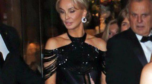 Corinna zu Sayn-Wittgenstein acompañó a Charlene de Mónaco al funeral de Nelson Mandela