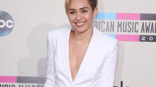 Miley Cyrus habla sobre la ruptura de su compromiso con Liam Hemsworth: 'Ahora siento que puedo ser realmente feliz'
