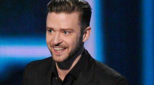 Justin Timberlake y Jessica Biel acallan los rumores de separación en los People's Choice Awards 2014