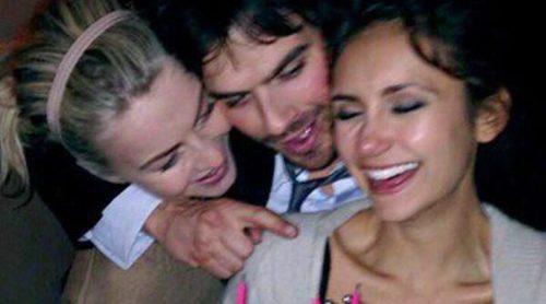 Nina Dobrev celebra su 25 cumpleaños acompañada por Ian Somerhalder y Julianne Hough