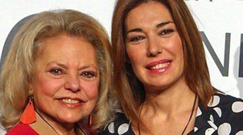 Raquel Revuelta y Mayra Gómez Kemp ponen el toque benéfico al SIMOF 2014