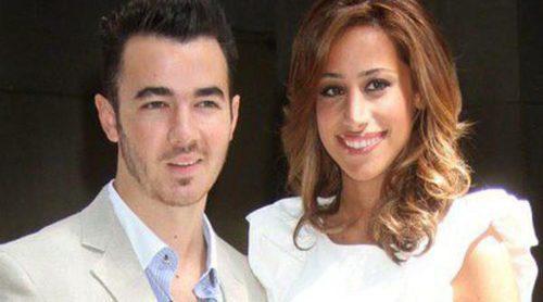 Kevin Jonas y su esposa Danielle se convierten en padres de una niña llamada Alena Rose Jonas