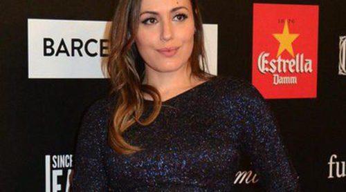 Irene Montalá anuncia sobre una alfombra roja que está embarazada de su primer hijo