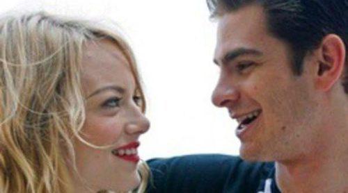 Andrew Garfield y Emma Stone disfrutan de una cena romántica comiendo sushi