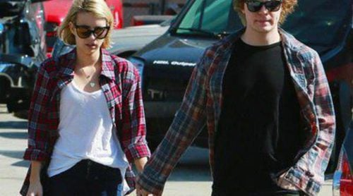 Emma Roberts celebra su 23 cumpleaños con Evan Peters e intentando superar la muerte de su tía Nancy Motes