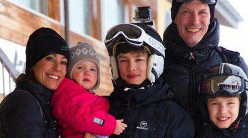 Joaquín y Marie de Dinamarca se llevan a sus cuatro hijos a sus tradicionales vacaciones en Suiza