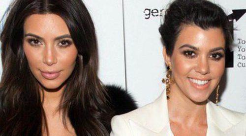 Las hermanas Kim, Kourtney y Khloe Kardashian disfrutan de una noche benéfica en Nueva York