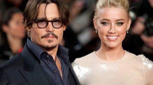 Johnny Depp y Amber Heard celebran una fiesta de compromiso con cien invitados