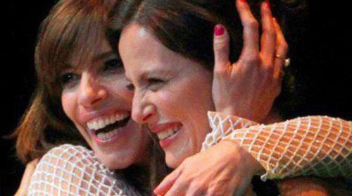 Maribel Verdú recibe el Premio Málaga Sur 2014 arropada por Aitana Sánchez Gijón y Álex García