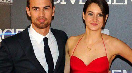 Hugo Silva y Adrián Lastra acompañan a Shailene Woodley y Theo James en el estreno de 'Divergente'