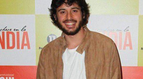 Javier Pereira, Alfonso Bassave y Amor Romeira acuden al estreno de 'Anochece en La India'