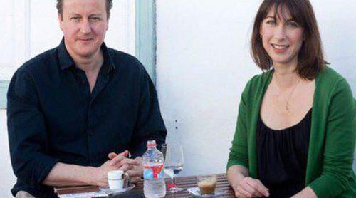 David Cameron y su esposa Samantha inician sus vacaciones de Semana Santa en Lanzarote