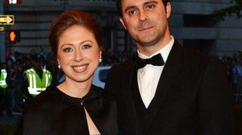 Chelsea Clinton y  Marc Mezvinsky esperan su primer hijo para finales de año
