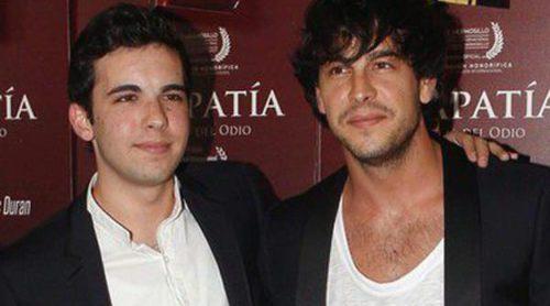 Mario Casas y María Valverde apoyan a Christian Casas y Lucía Ramos en el estreno de 'En apatía, secuelas del odio'