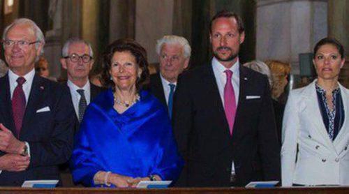 El Príncipe Haakon celebra los 200 años de la Constitución Noruega con la Familia Real Sueca