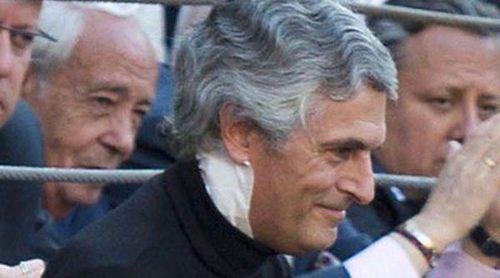 Adolfo Suárez Illana reaparece tras su operación para apoyar a su amigo Juan José Padilla
