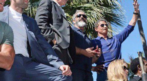 Sylvester Stallone revienta Cannes 2014 presentando 'Los Mercenarios 3' subido a un tanque