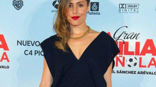 Irene Montalà pasea su embarazo junto al padre de su hijo