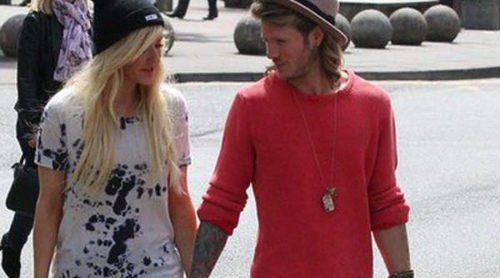 Dougie Poynter y Ellie Goulding pasean cogidos de la mano un mes después de confirmar su romance