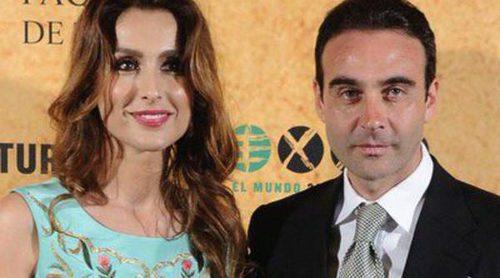 Enrique Ponce recibe el Premio Paquiro 2014 arropado por Paloma Cuevas, Genoveva Casanova y Nieves Álvarez
