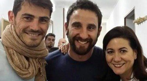 Iker Casillas disfruta de una tarde de teatro junto a Dani Rovira y Luisa Martín