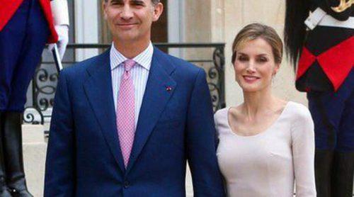 Los Reyes Felipe y Letizia 'se coronan' en París en su visita de presentación a Francia