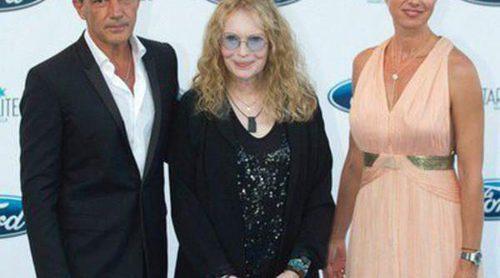 Helen Lindes, Hiba Abouk y Natalia Sánchez acompañan a Antonio Banderas en la Starlite Gala en Marbella