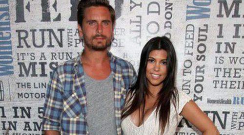 Kourtney Kardashian luce orgullosa su avanzado embarazo de la mano de Scott Disick