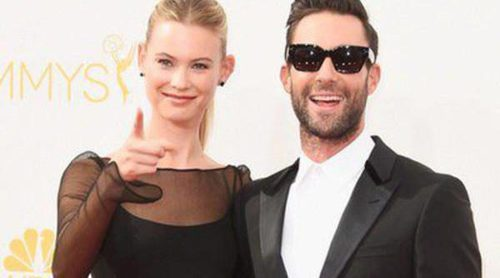 Adam Levine y Behati Prinsloo, Camila Alves y Matthew McConaughey, entre las parejas de los Emmy 2014