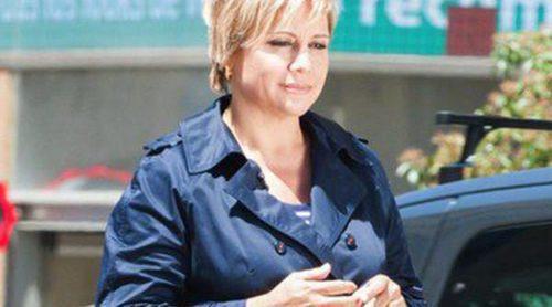 Gloria Serra se convierte en madre de gemelas a punto de cumplir 50 años
