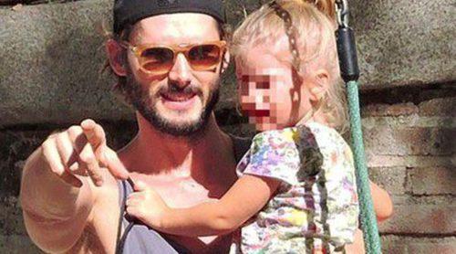 De la juguetería al parque: Sergio Mur, un padre perfecto con su hija Vera