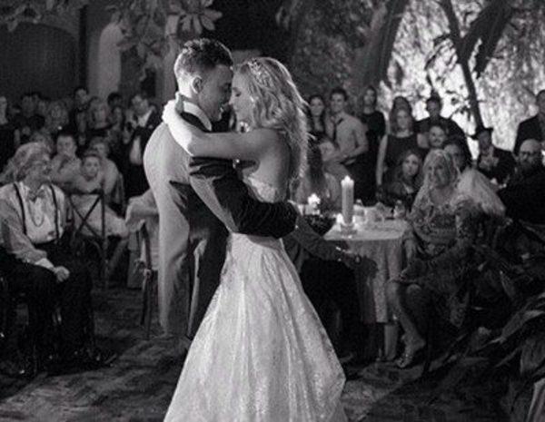 candice accola y joe king se casan en una boda vampírica en nueva