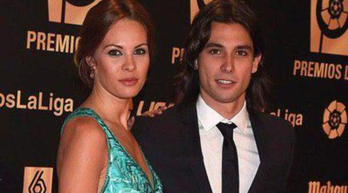 Irina Shayk y Jessica Bueno: duelo de WAGs en la entrega de los Premios de la Liga de Fútbol Profesional 2014